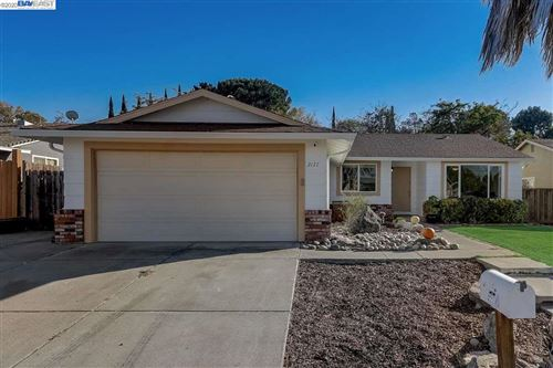 Photo of 2177 El Seco Way, PITTSBURG, CA 94565 (MLS # 40924906)