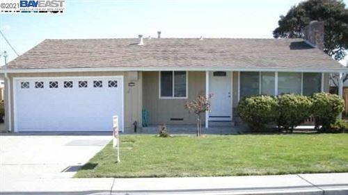 Photo of 16048 CHANNEL ST, SAN LORENZO, CA 94580-2058 (MLS # 40939906)