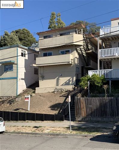 Photo of 1912 16Th Ave, OAKLAND, CA 94606 (MLS # 40926911)