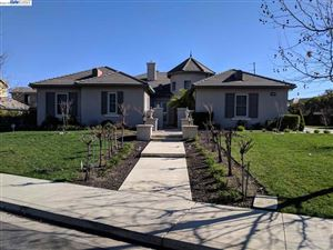 Photo of 1332 Safreno Way, PLEASANTON, CA 94566 (MLS # 40810915)