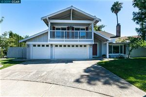 Photo of 1260 Golden Springs Ln, CONCORD, CA 94521 (MLS # 40878915)