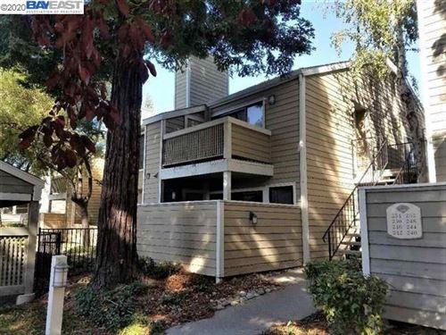 Photo of 242 Eastridge Dr, SAN RAMON, CA 94582 (MLS # 40891918)
