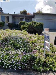 Photo of 519 Madera Dr, SAN MATEO, CA 94403 (MLS # 40861919)