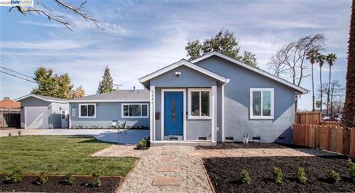 Photo of 1531 Hillsdale Ave, SAN JOSE, CA 95118 (MLS # 40896919)