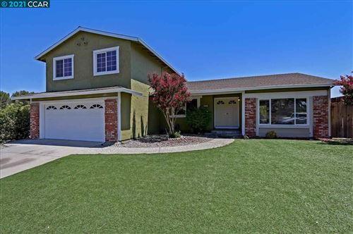 Photo of 4429 Valle Vista, PITTSBURG, CA 94565 (MLS # 40959919)