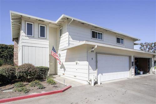 Photo of 625 Carmelita Drive, Salinas, CA 93901 (MLS # ML81866920)