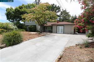 Photo of 879 Wedgewood Ct, PLEASANT HILL, CA 94523 (MLS # 40871922)