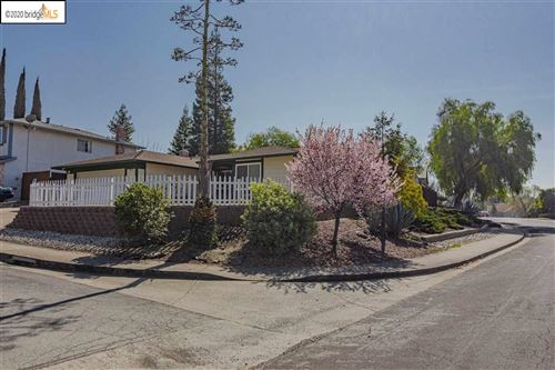 Photo of 900 Coyote Ct, ANTIOCH, CA 94509 (MLS # 40896922)