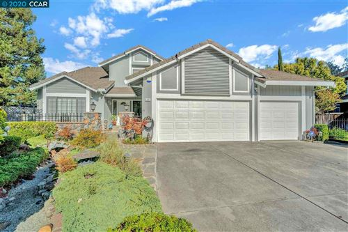 Photo of 25 Old Rodgers Ranch Ct, PLEASANT HILL, CA 94523 (MLS # 40922923)
