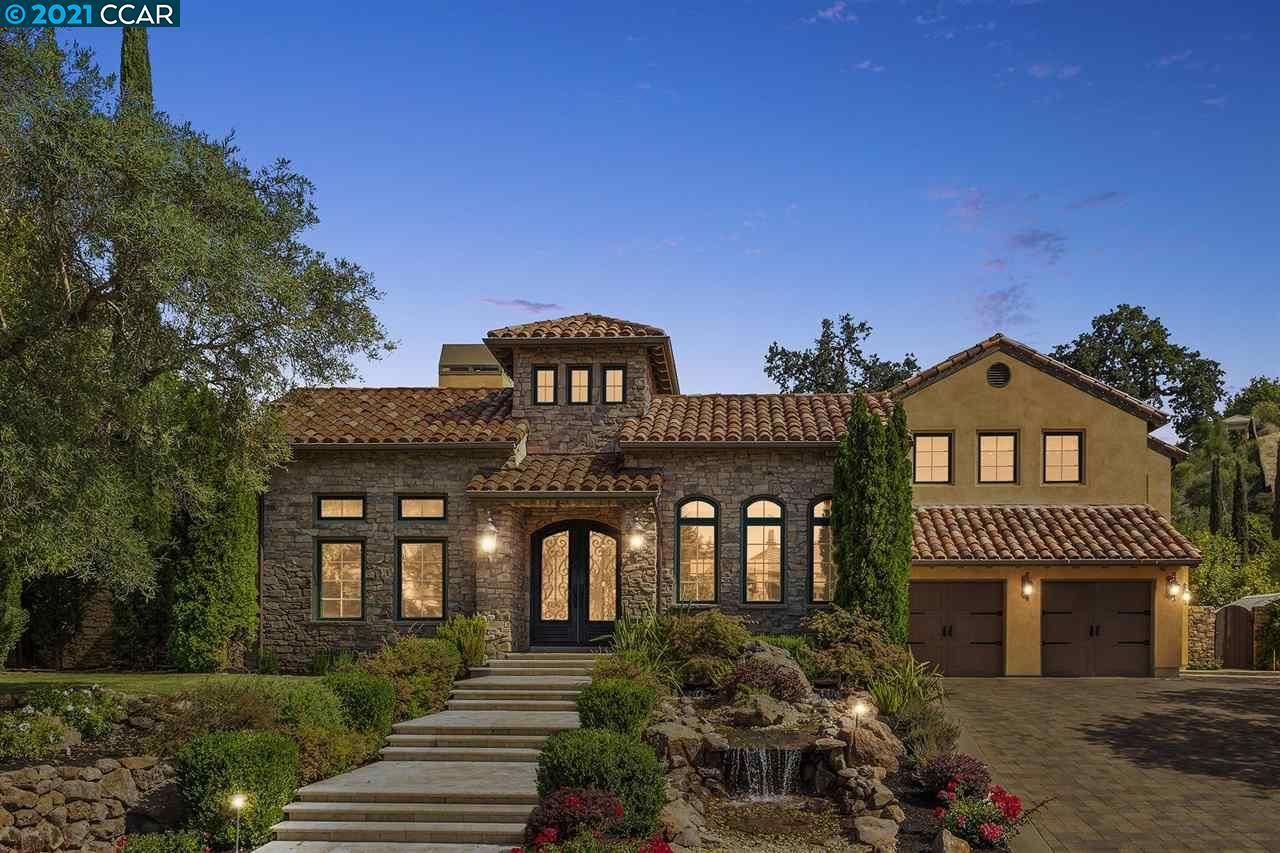 Photo of 17 Alamo Springs Ct, DANVILLE, CA 94526 (MLS # 40960924)