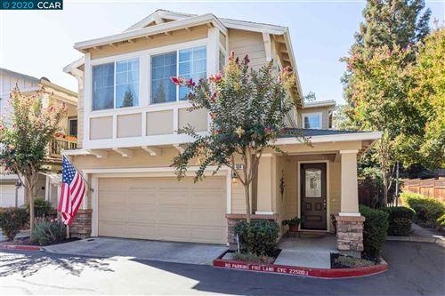 Photo of 434 Winfield Lane, DANVILLE, CA 94526 (MLS # 40920925)