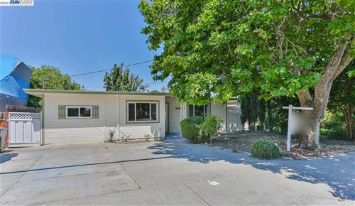 Photo of 37182 BLACOW RD, FREMONT, CA 94536 (MLS # 40954925)