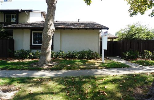 Photo of 321 Paloma Ter, FREMONT, CA 94536 (MLS # 40966926)