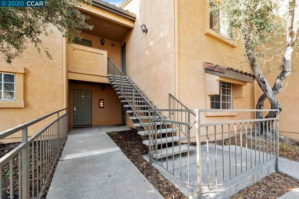 Photo for 705 Watson Canyon Court #101, SAN RAMON, CA 94582-4986 (MLS # 40926926)