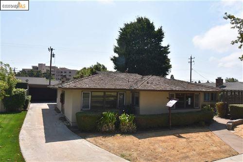 Photo of 522 Manor Dr, SALINAS, CA 93901 (MLS # 40921927)