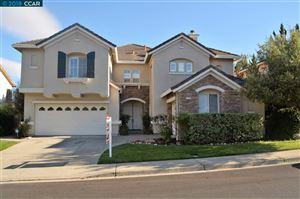Photo of 188 Woodbourough Way, SAN RAMON, CA 94583 (MLS # 40847928)