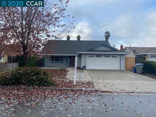 Photo of 3849 Whinney Place Way, SAN JOSE, CA 95121 (MLS # 40929930)