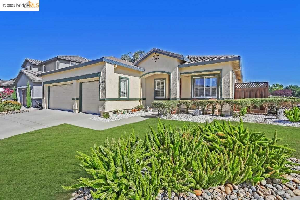 Photo of 1071 Somersby Way, BRENTWOOD, CA 94513 (MLS # 40960930)