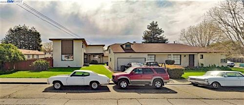 Photo of 2484 Marina Blvd, SAN LEANDRO, CA 94577 (MLS # 40922931)