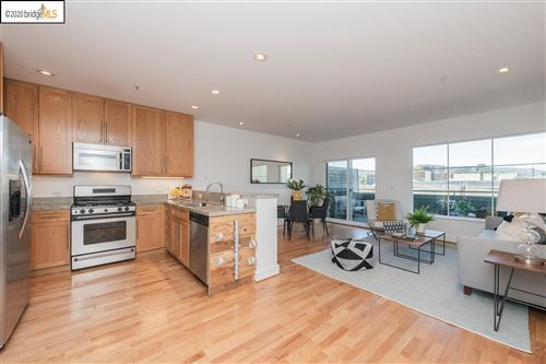 Photo of 371 30th Street #202, OAKLAND, CA 94609 (MLS # 40900932)