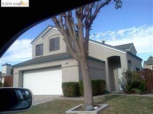 Photo of 1005 QUAIL VALLEY RUN, OAKLEY, CA 94561-3406 (MLS # 40884933)
