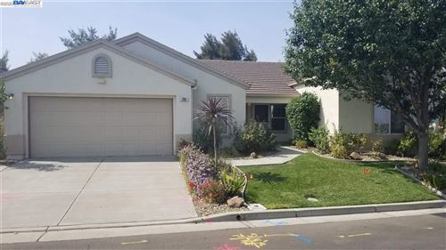 Photo of 290 Marks Rd, RIO VISTA, CA 94571 (MLS # 40925936)