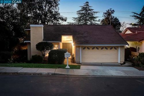 Photo of 1346 New Hampshire Dr, CONCORD, CA 94521 (MLS # 40934936)