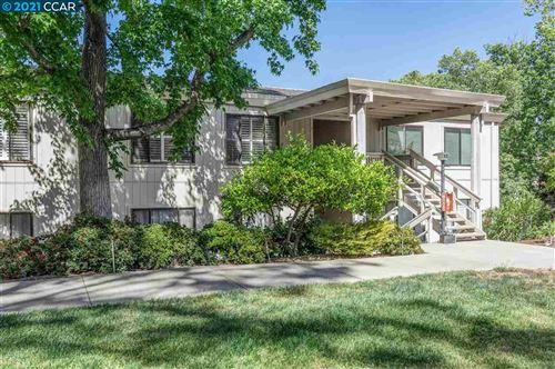 Photo of 1332 Singingwood Court #9, WALNUT CREEK, CA 94595 (MLS # 40949938)