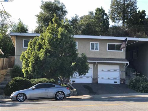Photo of 18267 Redwood Road, CASTRO VALLEY, CA 94546 (MLS # 40925939)
