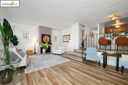 Photo of 2005 Pleasant Valley Ave #201, OAKLAND, CA 94611 (MLS # 40910940)