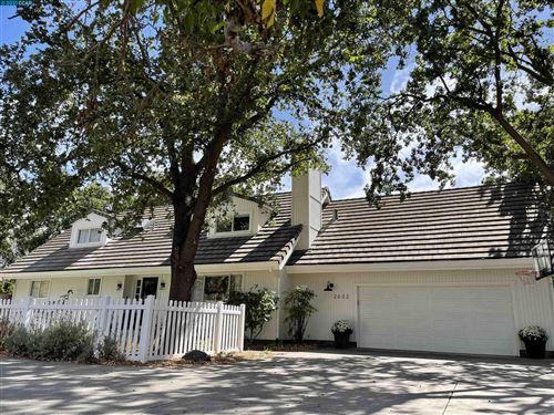Photo of 2632 Cherry Ln, Walnut Creek, CA 94597 (MLS # 40967941)