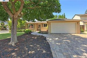 Photo of 3902 Mount Mckinley Ct, PLEASANTON, CA 94588 (MLS # 40870942)