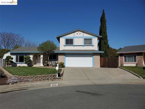 Photo of 4205 Suzanne Dr, PITTSBURG, CA 94565 (MLS # 40945942)