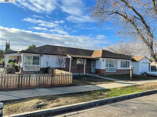Photo of 495 James St, LIVERMORE, CA 94551 (MLS # 40933944)