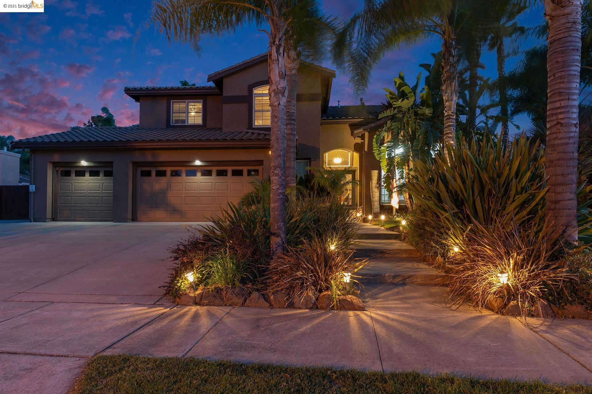 Photo of 1976 Rapallo Ct, Brentwood, CA 94513 (MLS # 40970944)