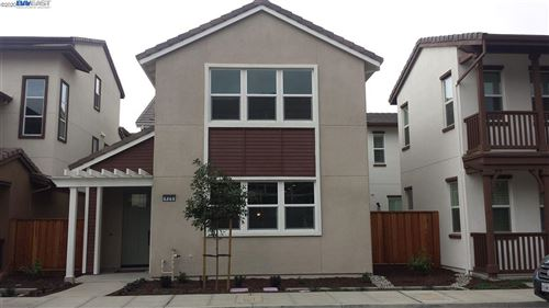 Photo of 426 Itliong Ln, ALAMEDA, CA 94501 (MLS # 40910945)