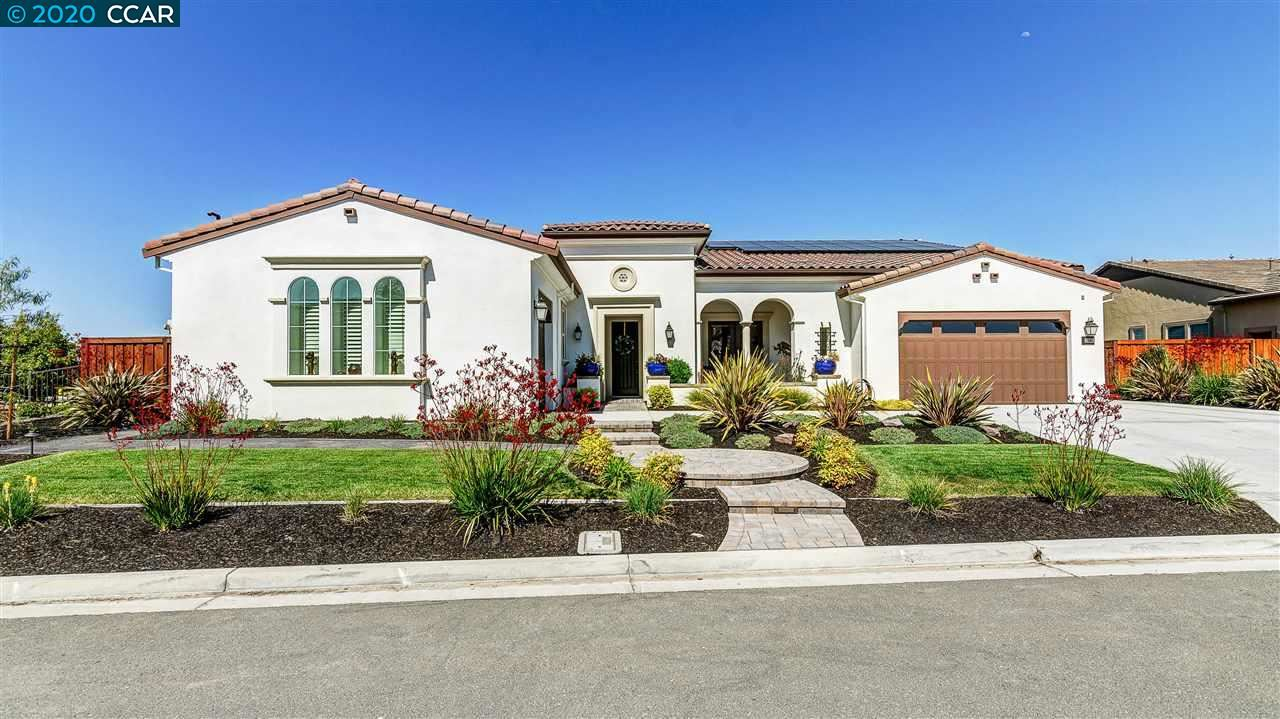 Photo of 2280 RESERVE DR, BRENTWOOD, CA 94513-4274 (MLS # 40904947)