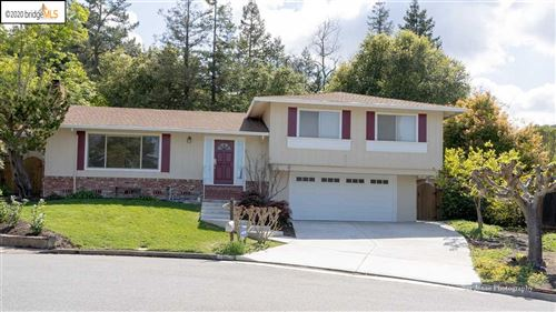 Photo of 16 Almaden Ct, LAFAYETTE, CA 94549 (MLS # 40908949)