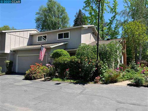 Photo of 153 Westfield Cir, DANVILLE, CA 94526 (MLS # 40948949)