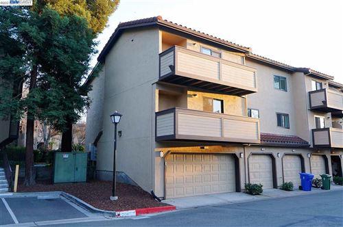 Photo of 115 Wenatchee Cmn #13, FREMONT, CA 94539 (MLS # 40939950)