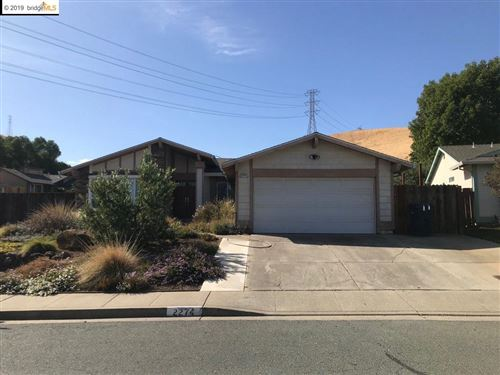 Photo of 2274 Mount Whitney Dr, PITTSBURG, CA 94565 (MLS # 40884951)