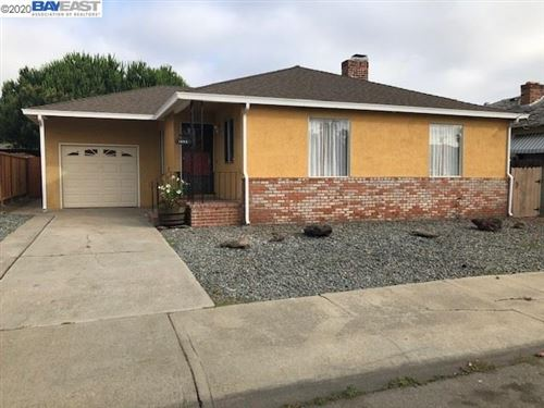 Photo of 1253 LILLIAN AVE, SAN LEANDRO, CA 94578 (MLS # 40910951)