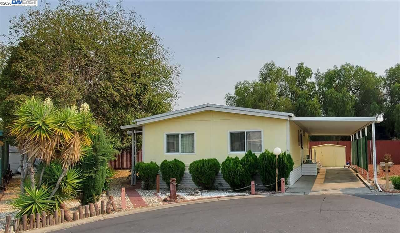 Photo for 5450 Monterey Rd, SAN JOSE, CA 95111 (MLS # 40918951)