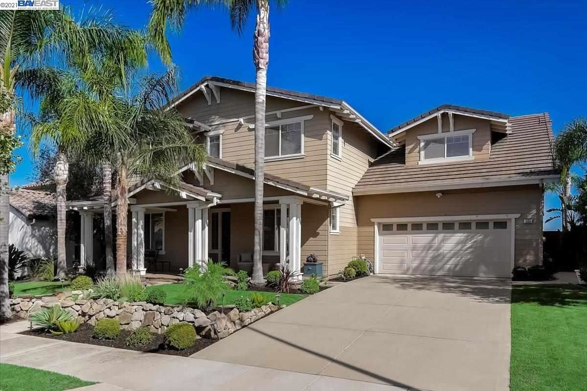 Photo of 555 Lakeview Dr, Brentwood, CA 94513 (MLS # 40969951)