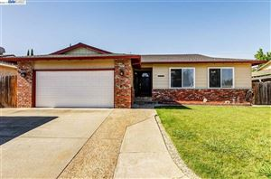 Photo of 3641 S Francisco Way, ANTIOCH, CA 94509-5301 (MLS # 40870954)
