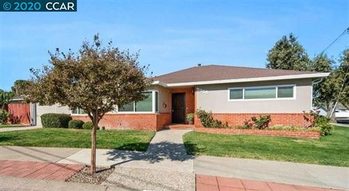 Photo of 3958 Brookside Dr, PITTSBURG, CA 94565 (MLS # 40926955)