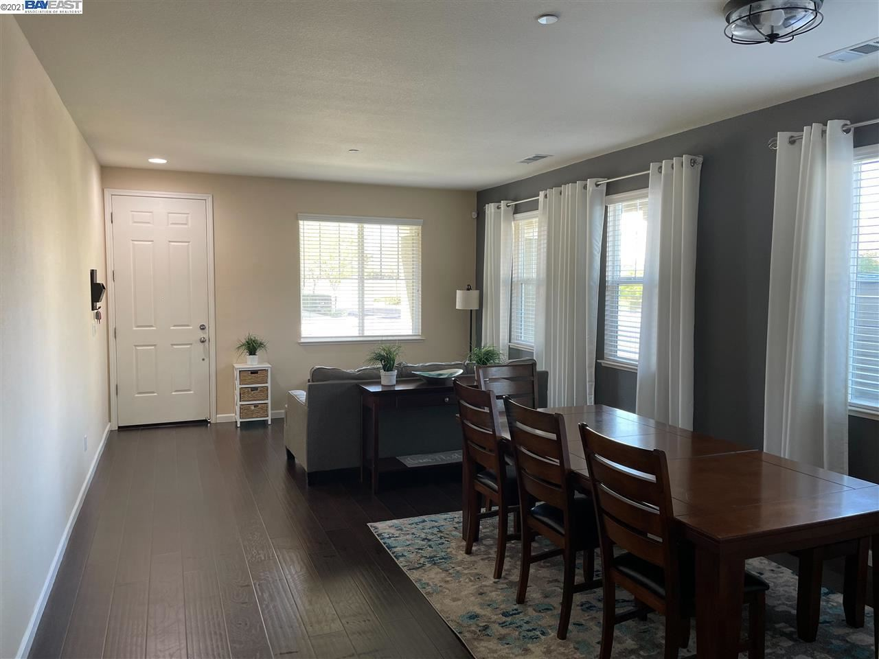 Photo of 2273 Black Stone Dr, BRENTWOOD, CA 94513 (MLS # 40946956)