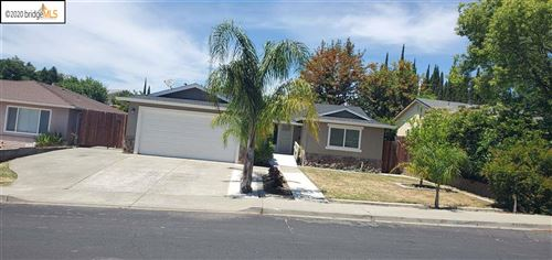 Photo of 3524 Mountaire Dr, ANTIOCH, CA 94509 (MLS # 40904957)