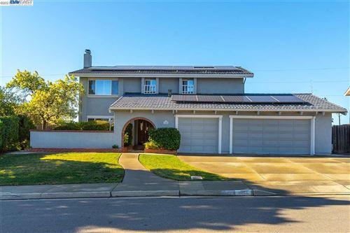 Photo of 1086 Lomitas Ave, LIVERMORE, CA 94550 (MLS # 40939957)