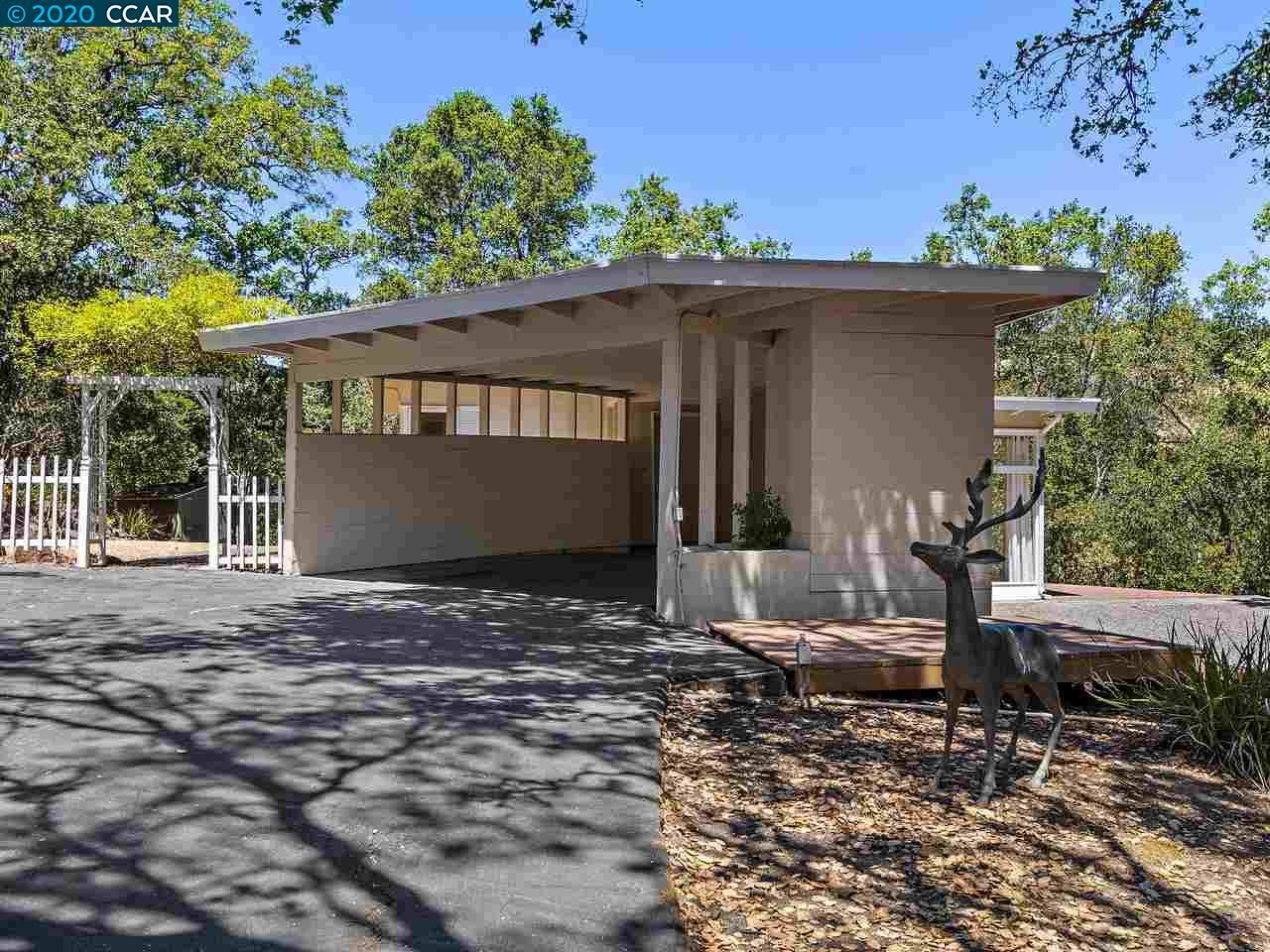 Photo of 1161 Oleander Dr, LAFAYETTE, CA 94549 (MLS # 40914958)